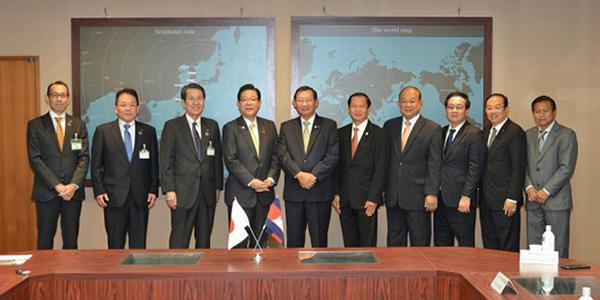 北九州市のカンボジア技術協力を記念